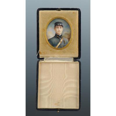 Portrait Miniature Sur Velin, Officier d'Aviation En Tenue Bleu Horizon, 1er Guerre Mondiale