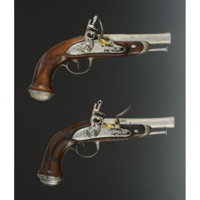 Pair Of Half-bow Pistols Of Gendarmerie Officer Of The Imperial Guard, First Empire.