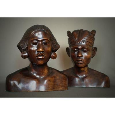 Art Deco Wooden Married Bust - Indonesia, Bali Around 1930-1940