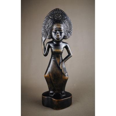 An Art Deco Balinese Wooden Statuette - Around 1930.