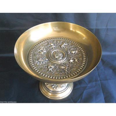 Coupe En Bronze Napoléon III Ornée d'Une Tête De Bacchante Et De Trophées