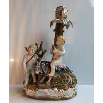 XIX ° German Porcelain Candlestick Decor With Two Puttis Playing With A Goat