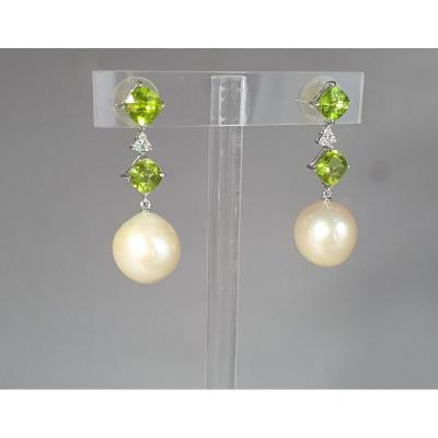 BOUCLES d'OREILLES   PERLES - PERIDOTS - DIAMANTS