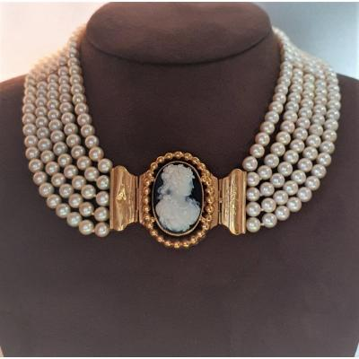 "Necklace With 5 Rows Of Japanese Cultured Pearls ""akoÏa"" & Gold Agate Cameo Clasp"