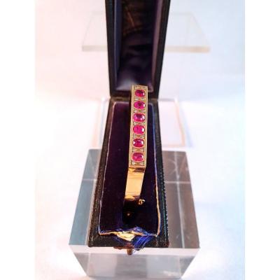 BRACELET JONC OUVRANT en or avec RUBIS FINS et DIAMANTS - XIXème siècle