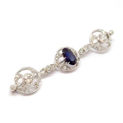 Broche Art Deco (1920-1935) Or Blanc 18 Carats Platine Saphir Diamants