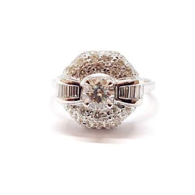 Bague Art Déco (1920 – 1935) Or Blanc 18 Carats Diamants