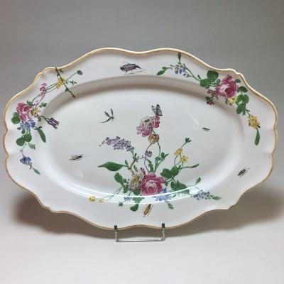 Marseille - Large Dish With Floral Decoration And Insects - Fabrique De Robert - Eighteenth Cen