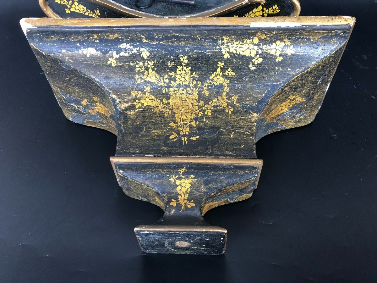 Cartel Du XVIIIème  Siècle Appelé Neuchâtelois En Bois Peint-photo-1