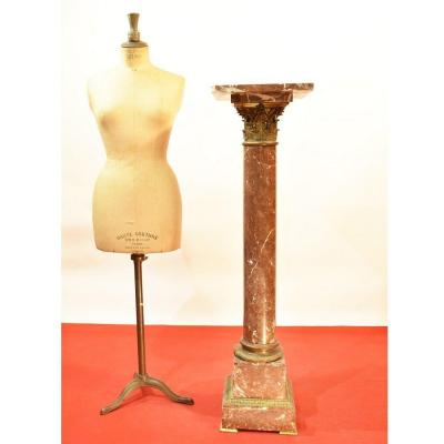 Ancient Red Marble Column With Bronze, XIX Century. (col 24)
