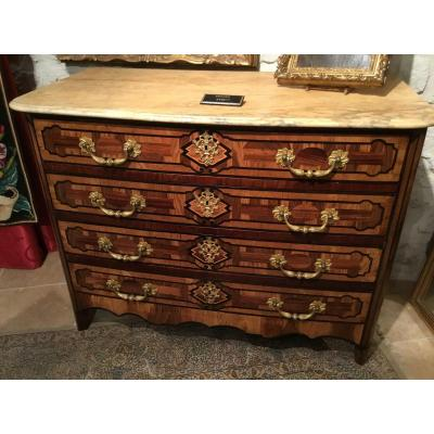 Early 18th Century Commode With 4 Drawers