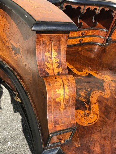 Large Middle Marquetry Desk, Italy Nineteenth Century-photo-4