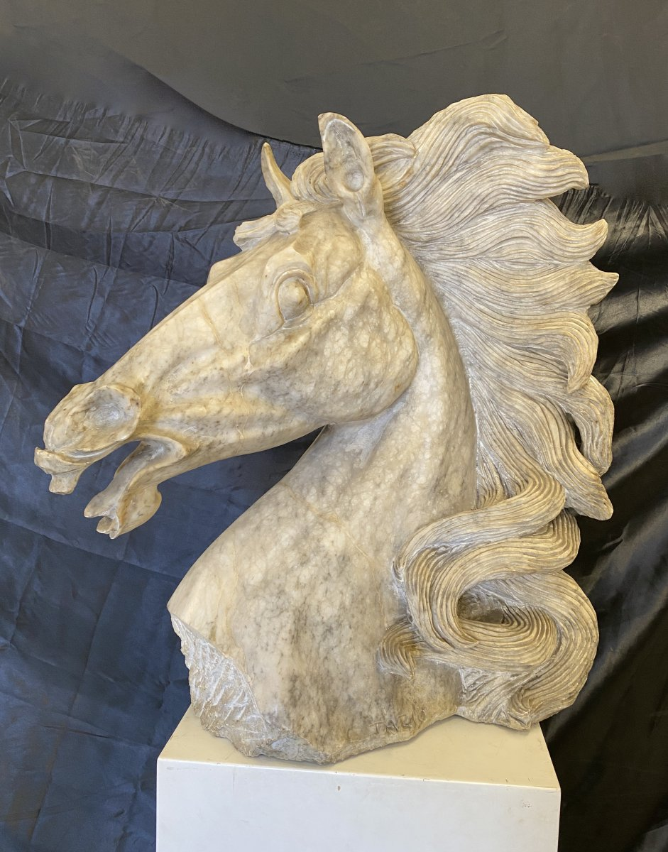 Large Horse Head In Alabaster, XXth Century