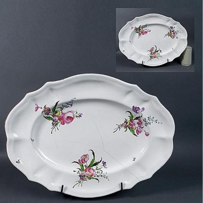 Niderviller Large Flat Oval Earthenware 18th Fine Quality Bouquets