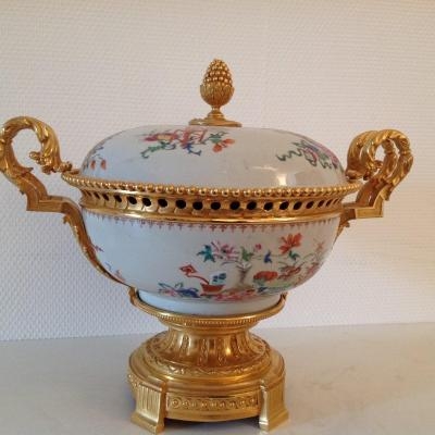 Tureen Covered In India Co. D XVIII Period Mounted Niii