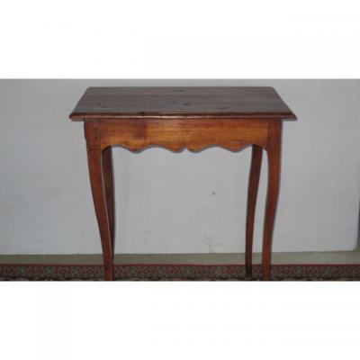 Petite Table En Noyer XVIIIe