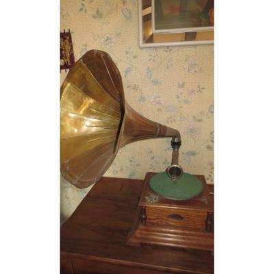 Phonographe à Pavillon
