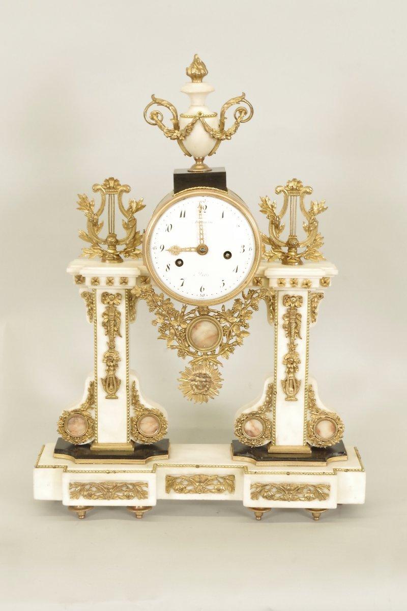 Pendulum Louis XVI Signed Hartemann In Paris