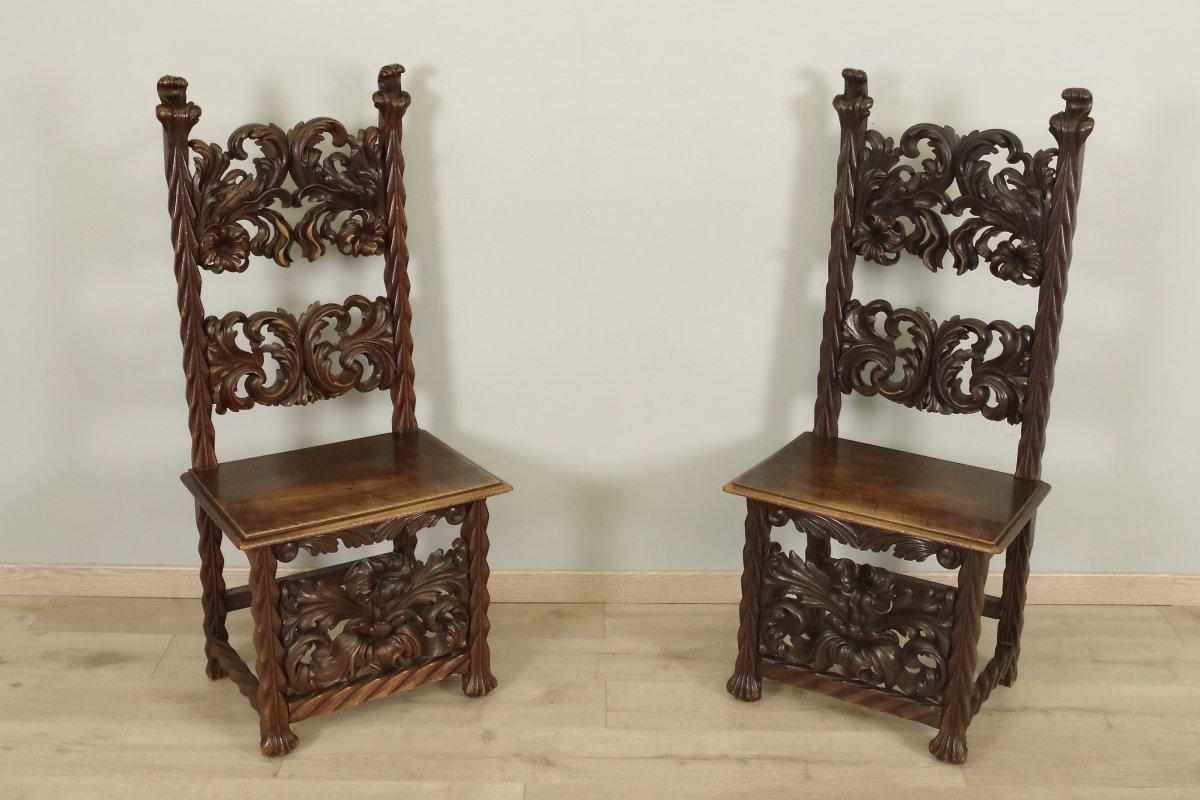 Paire De Chaises Style Renaissance