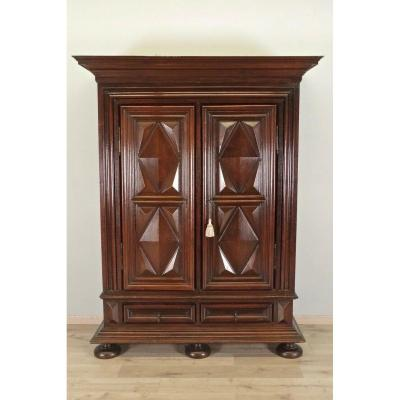 Armoire Louis XIII