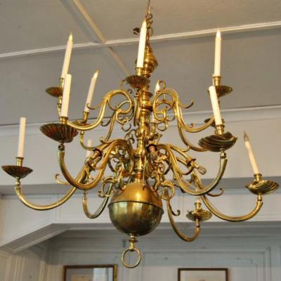 Grand Lustre Hollandais En Laiton , 12 Bras De Lumiere , Style XVIIe Siecle