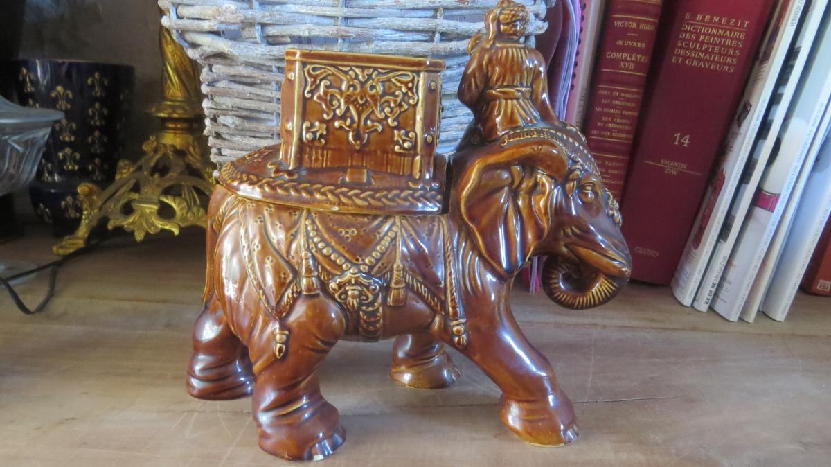 Pot A Tabac Elephant Et Son Cornac Autriche 19è