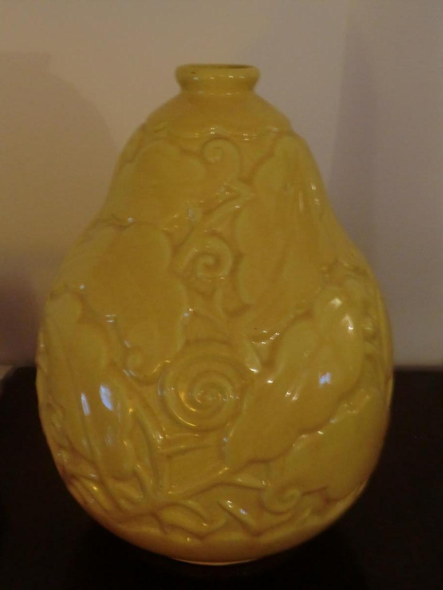 Vase Art Deco En Faience Jaune Craquelée De St Clement