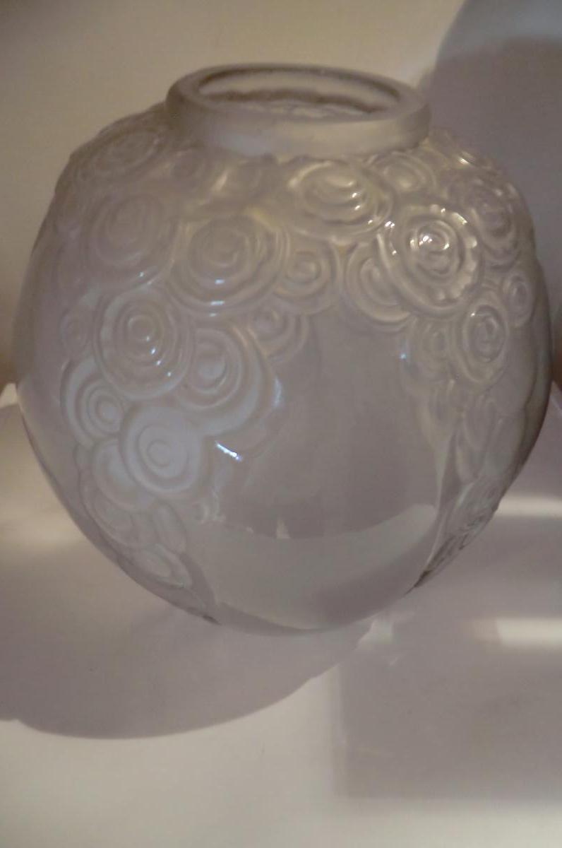 Gros Vase Boule Andre Hunebelle