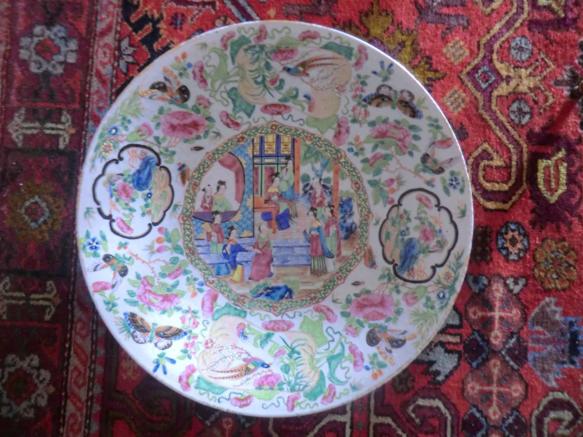 Plat Porcelaine De Canton Famille Rose