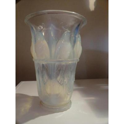 Vase Perruches Par Verlux