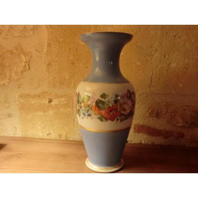 Vase En Porcelaine De Paris