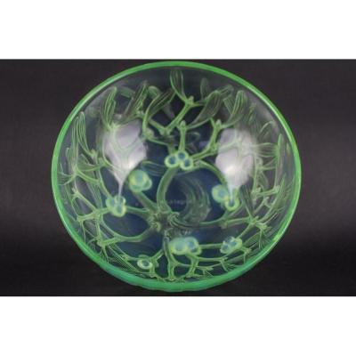 Bol De Gui Opalescent R Lalique Mint