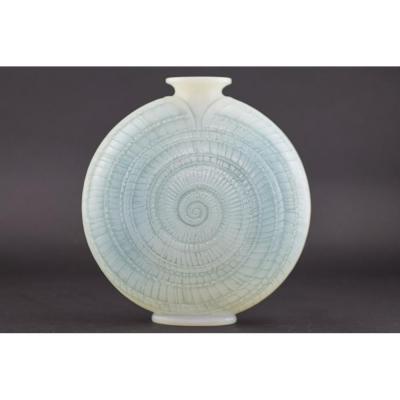 Vase R Lalique Escargot