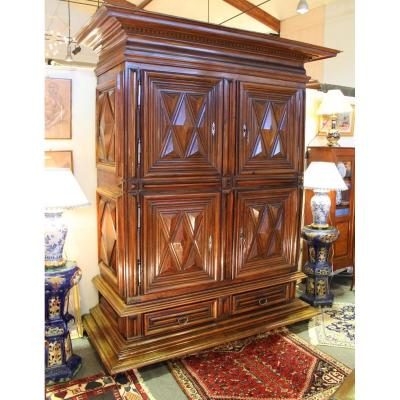 Wardrobe 4 Doors Louis XIII In Walnut