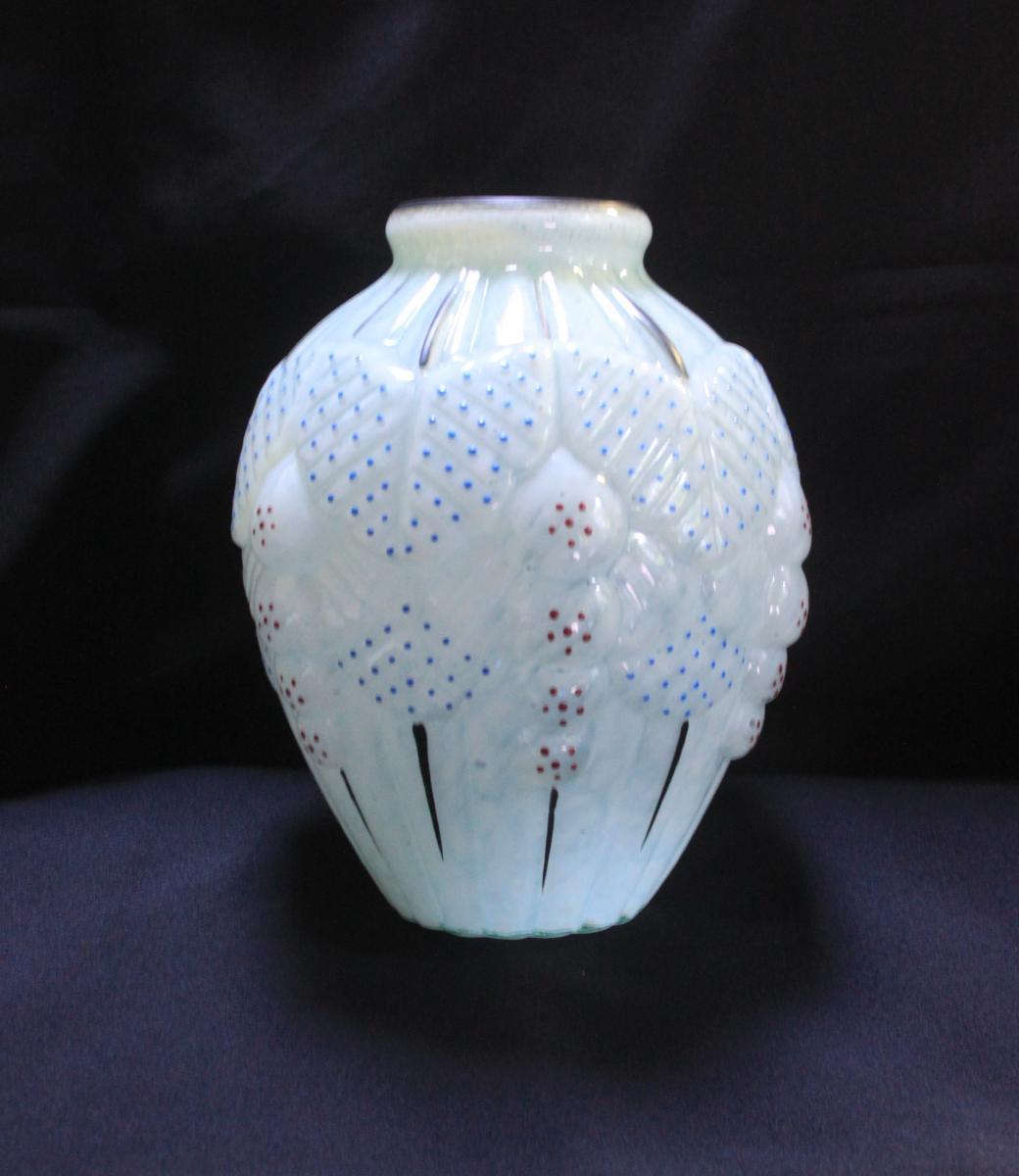 Glass Vase Clichy Pantin 1920