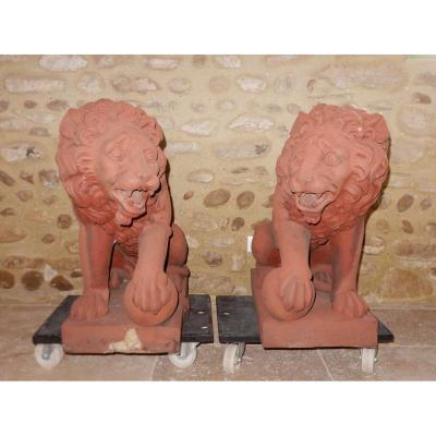 Pair Of Lyon Sitting In Terracotta
