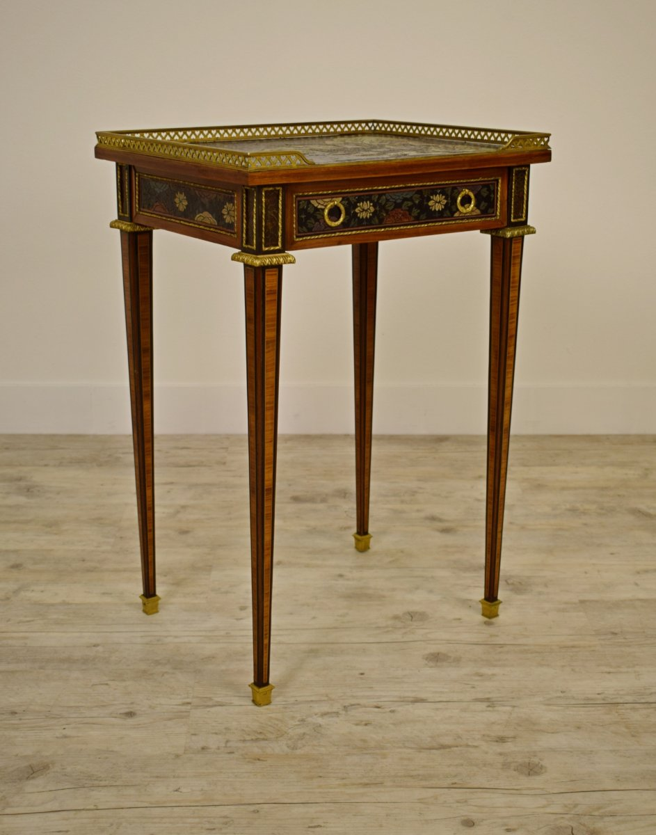 Small Table With Bronze And Lacquer