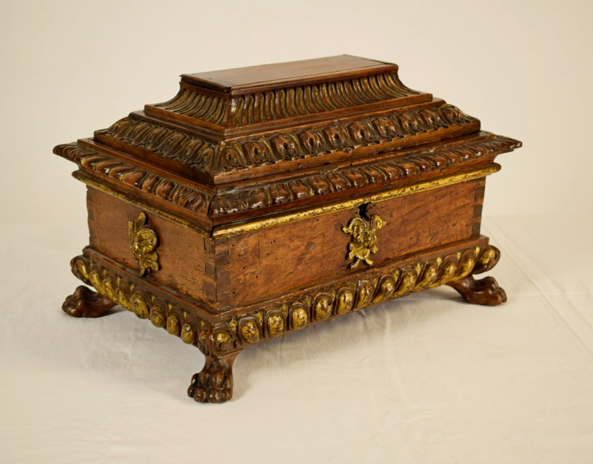 16th Tuscany Carved And Gilded Wood Box