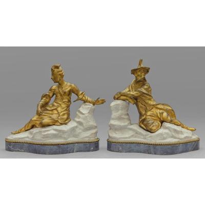 Couple De Sculptures En Bronze Doré Sur Base De Marbre Représentant des figures chinoises, France, XVIIIe Siècle