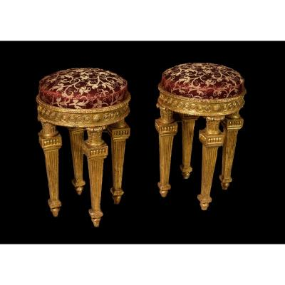 18th Century, Pair Of Italian Neoclassical Carved Giltwood Stools