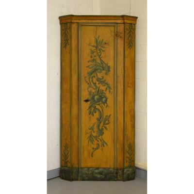 18th Century, Italian Louis XIV Laquered Wood Corner Cabinet