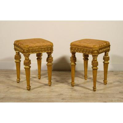 18th Century Pair Of Italian Neoclassical Gilt Wood Stools