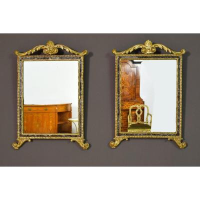 18th Century, Pair Of Italian Neoclassical Carved And Gilded Wood Mirrors