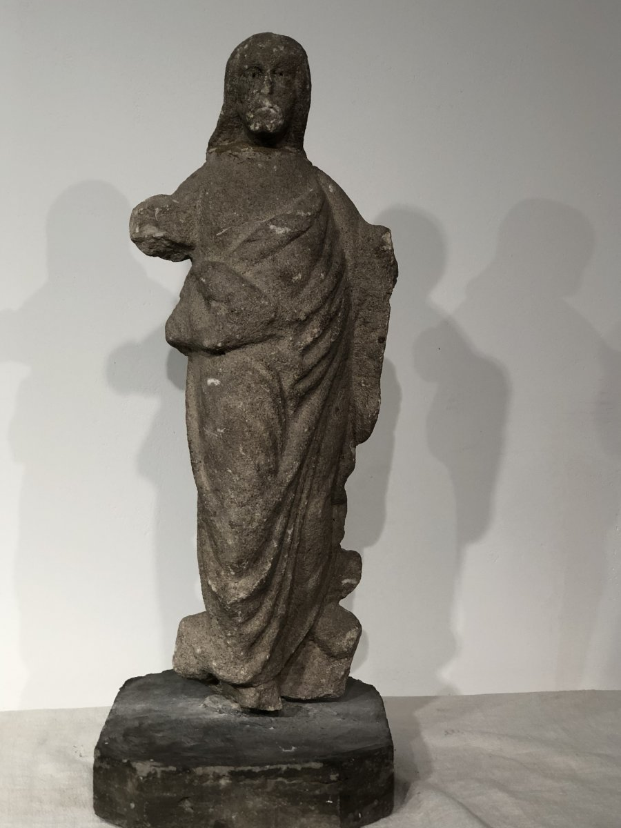 Christ In Gothique Stone.