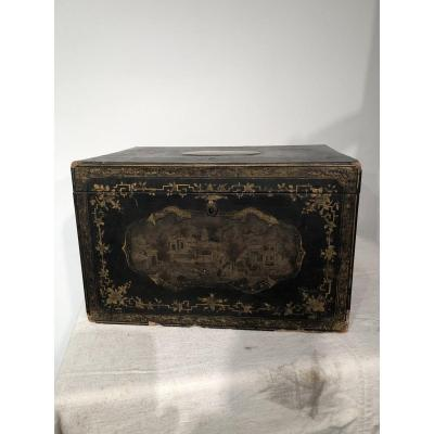 Large Box In Lacquer From China 19th Century