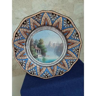 Thounes: Ceramic Plate With Painted Decoration