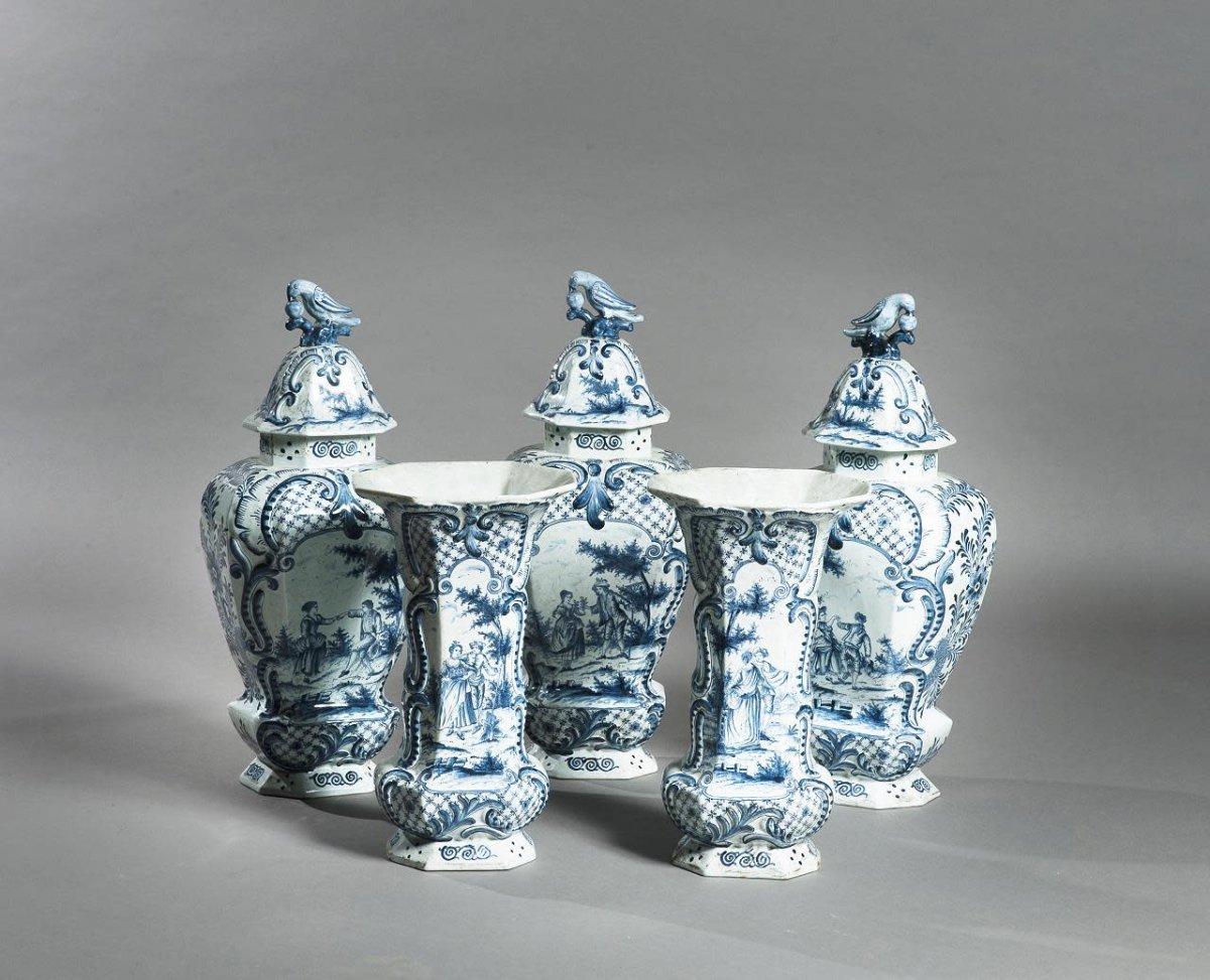 Ensemble De Cinque Vases En Porcelaine De Delft, XVIII/XIX siècle