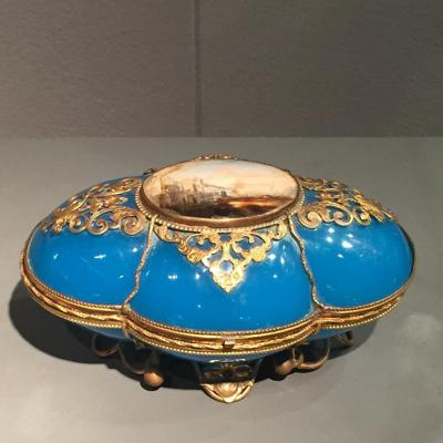 Coffret Opaline Bleu Forme Coussin Monture Bronze Ciselé Doré XIXeme époque Napoleon III
