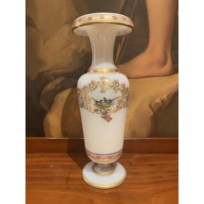 Important Vase In Opaline Soapy XIXth Circa 1840.