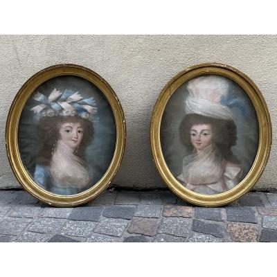 Paire De Pastels Encadrés Portraits De Femmes XVIIIeme époque Louis XVI.
